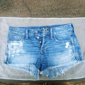 Abercrombie ripped jean short